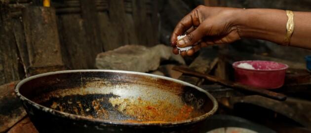 Nutrition International welcomes Bangladesh's new salt iodization law