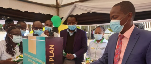 officials at the launch of the Murang'a County CNAP